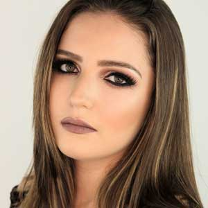 Julia Aura